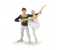 Балерина с партнером