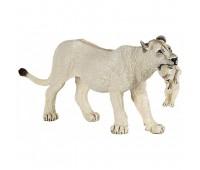 Белая львица с детенышем