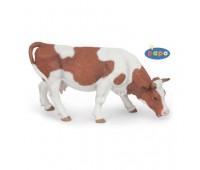 51147 Пасущаяся симментальская корова