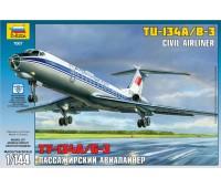 Сборная модель Авиалайнер Ту-134 А/Б-3 (7007)